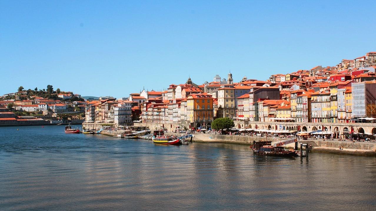 ACCCF – V18-001 – LE PORTUGAL AUX TROIS VISAGES