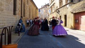 """LR - Sortie Fête de la Saint valentin à ROQUEMAURE                                      """" Du Comtat Venaissin au pays de F.Mistral"""""""